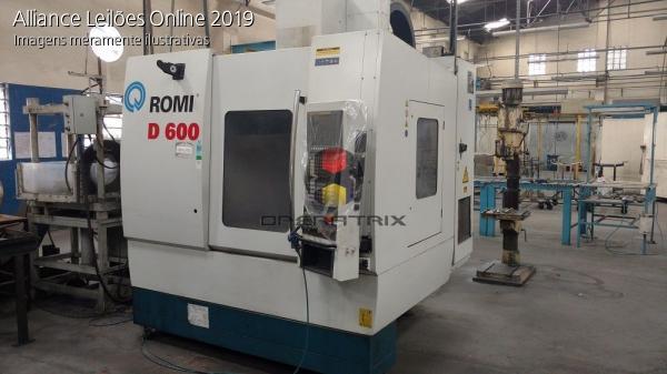 Máquina Romi D 600 CNC